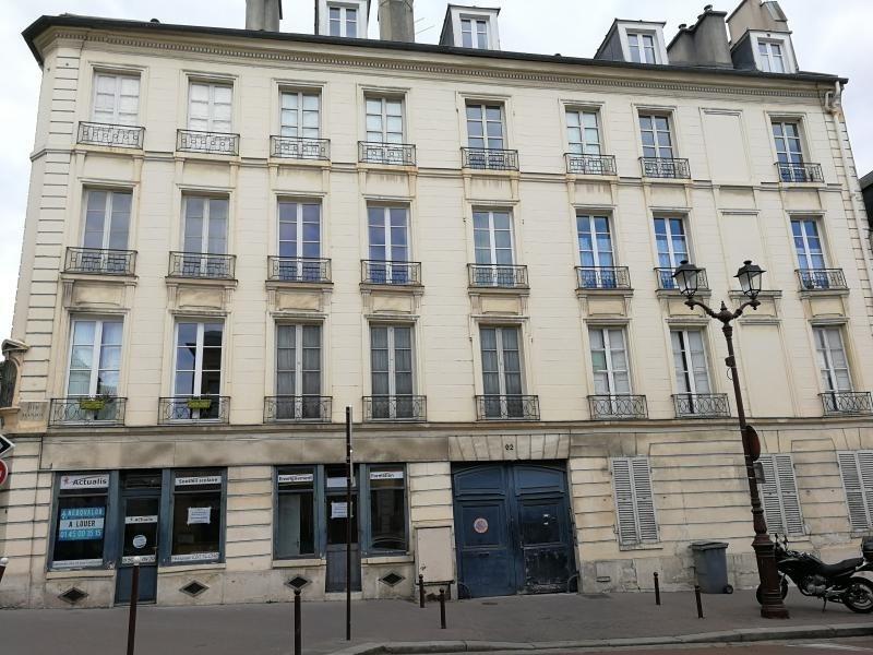 Verkoop  appartement Versailles 234000€ - Foto 2