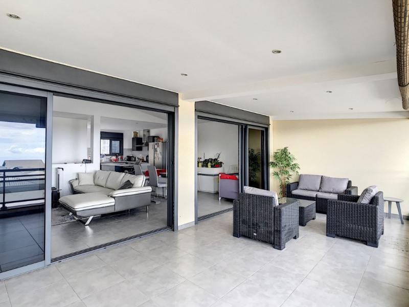 Location maison / villa Saint pierre 1026€ CC - Photo 3