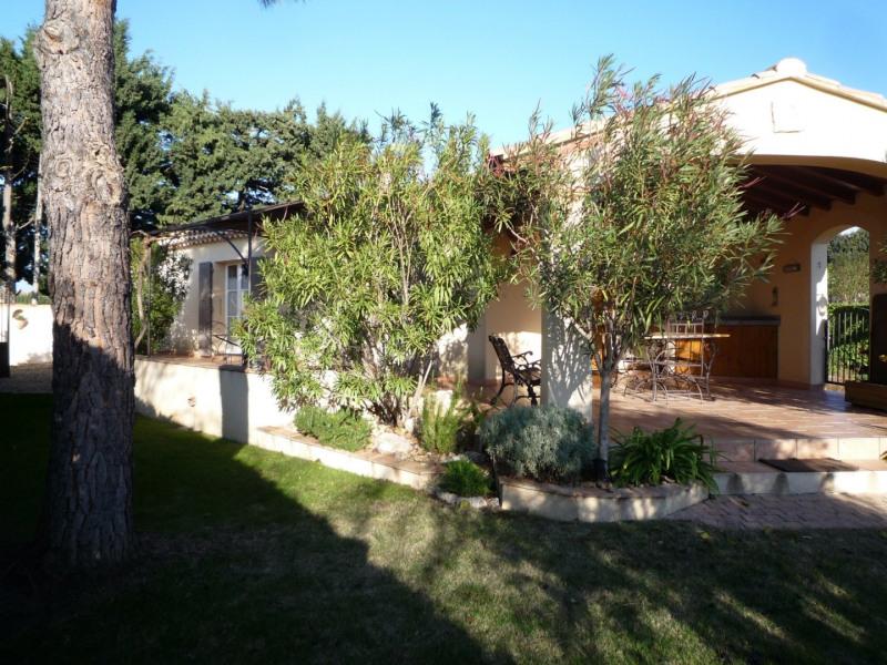 Sale house / villa Serignan du comtat 298000€ - Picture 1