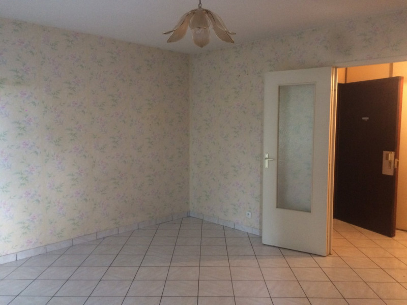 Location appartement Fontaine 700€ CC - Photo 6