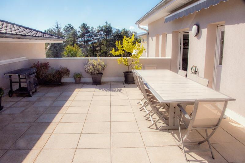 Vente de prestige appartement Saint-ismier 665000€ - Photo 17