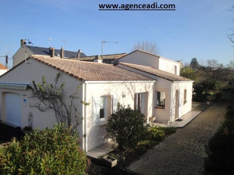 Vente maison / villa La creche centre 260000€ - Photo 1