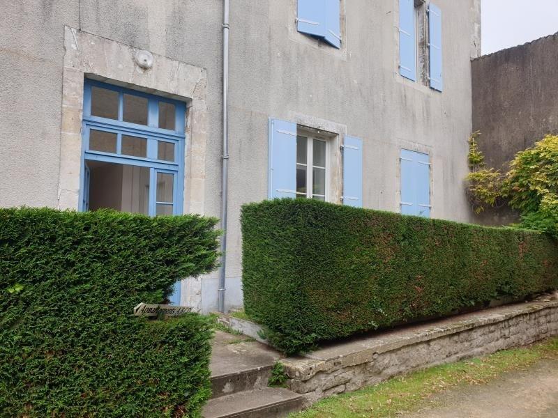 Location maison / villa St maixent l'ecole 390€ CC - Photo 1
