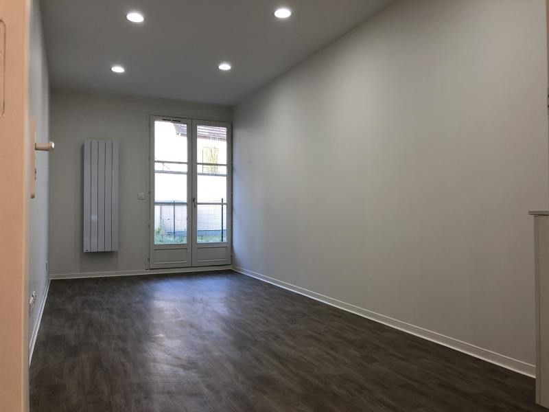 Rental empty room/storage Beynes 490€ HT/HC - Picture 1