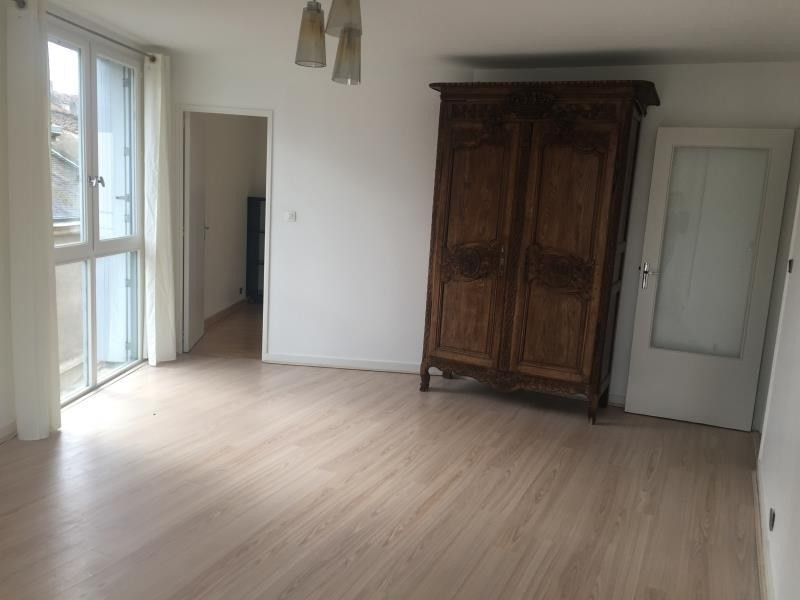 Rental apartment Poitiers 590€ CC - Picture 2