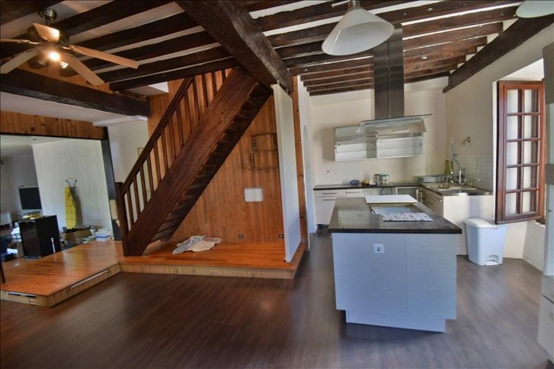 Sale apartment Louvie juzon 92000€ - Picture 1