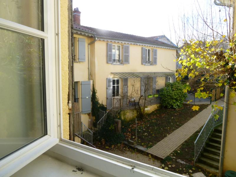 Rental apartment St genis laval 772€ CC - Picture 9