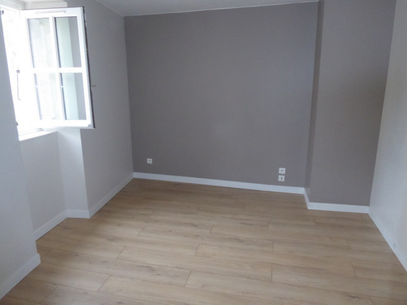 Location appartement Aubenas 394€ CC - Photo 6