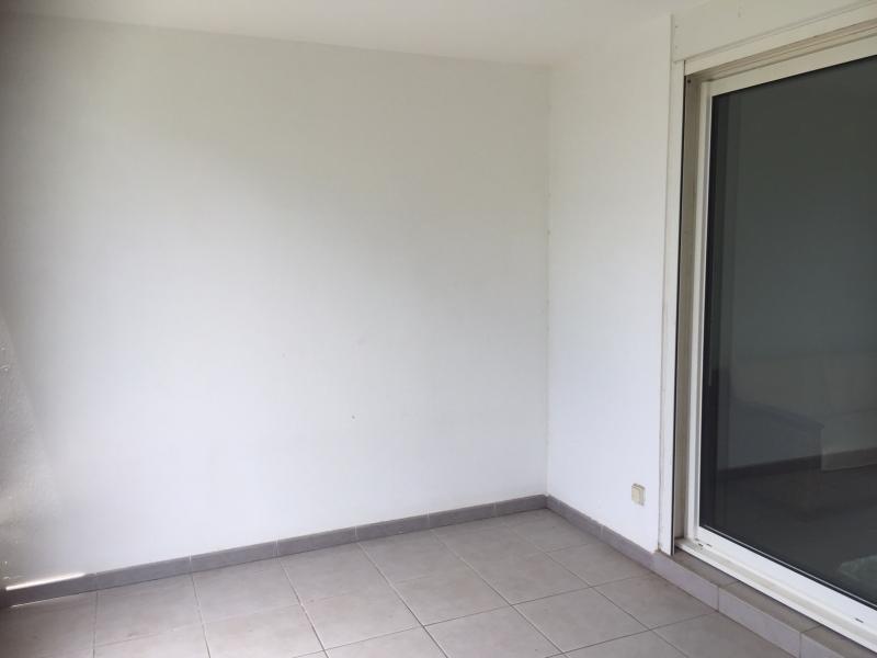 Location appartement Saint paul 835€ CC - Photo 6