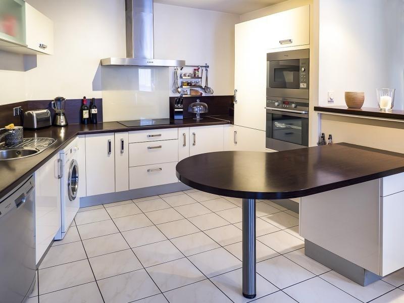 Sale apartment Plaisir 267800€ - Picture 2