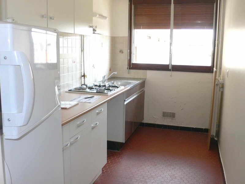 Rental apartment L hay les roses 900€ CC - Picture 3