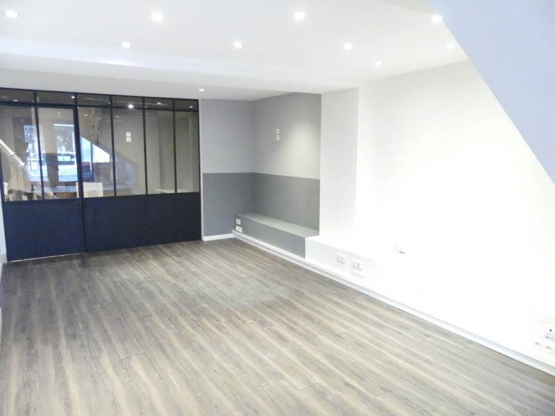 Location local commercial Pont l abbe 750€ HC - Photo 2