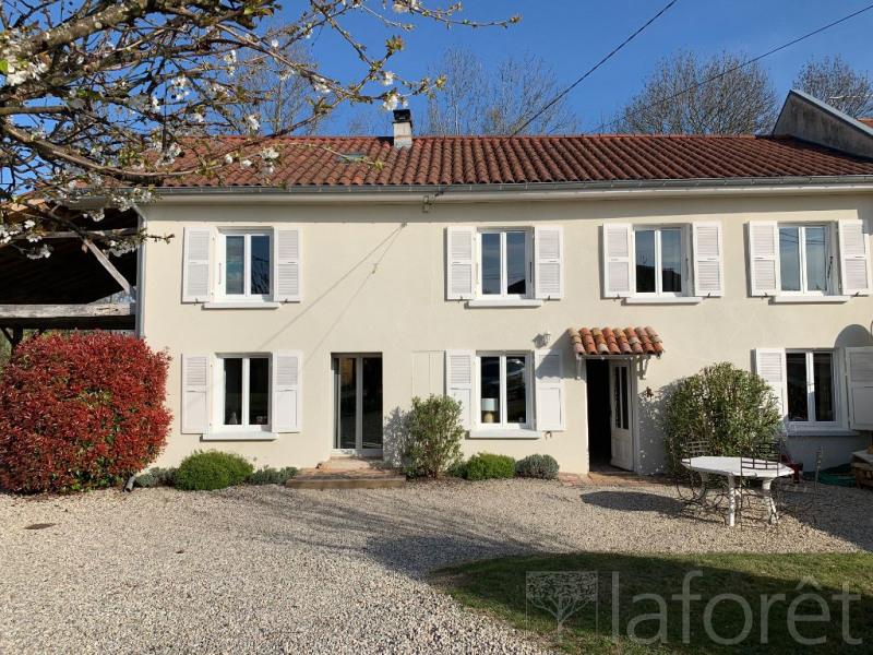 Sale house / villa Bourgoin jallieu 395000€ - Picture 2