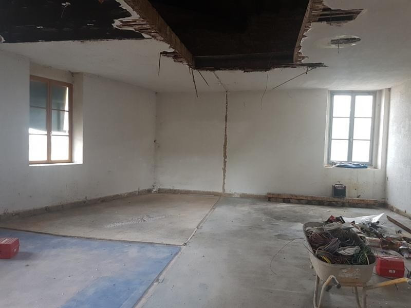 Sale apartment Liergues 110 000€ - Picture 3