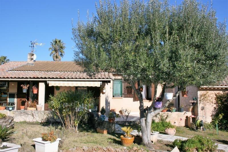 Sale house / villa Roquebrune sur argens 399500€ - Picture 1