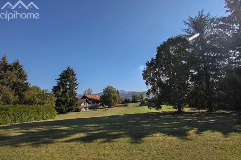Deluxe sale house / villa Arenthon 1300000€ - Picture 1