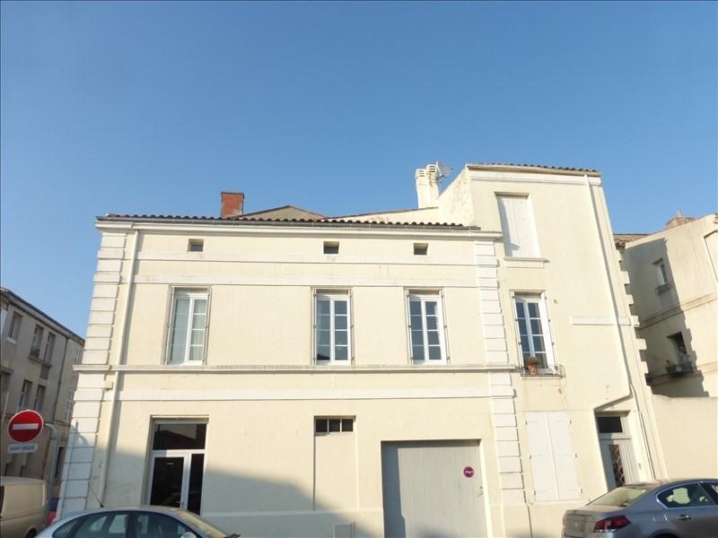 Vente maison / villa Rochefort 220000€ - Photo 1