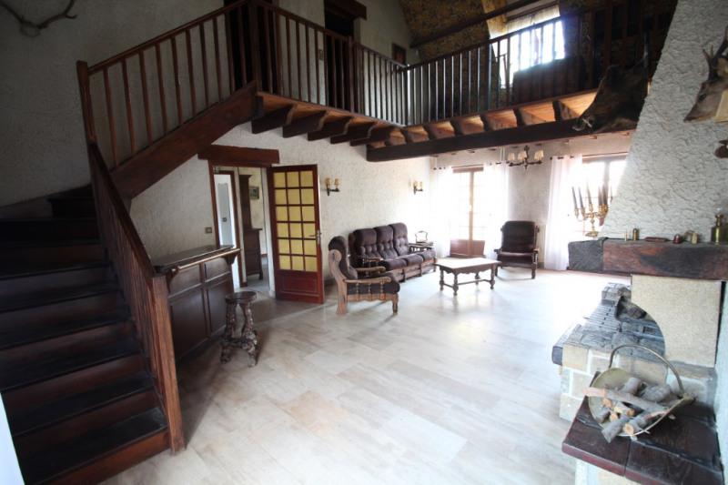 Sale house / villa Nanteuil les meaux 348000€ - Picture 2