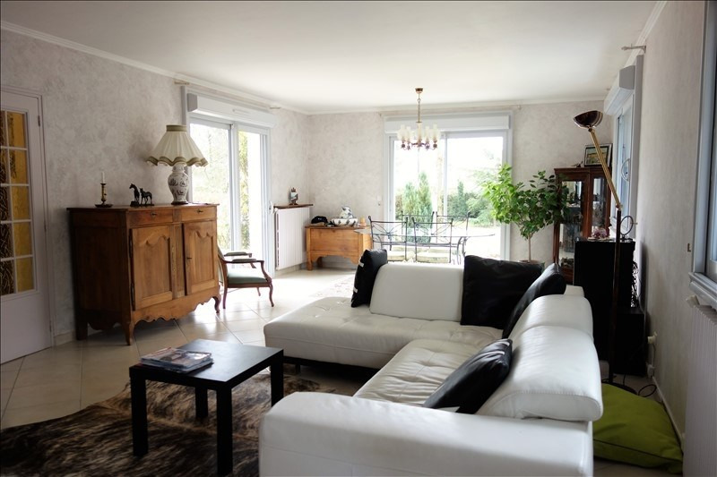 Sale house / villa Montfort l amaury 575 000€ - Picture 3