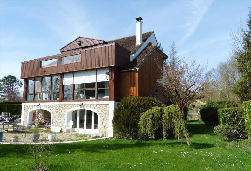 Sale house / villa Chartrettes 695 000€ - Picture 1