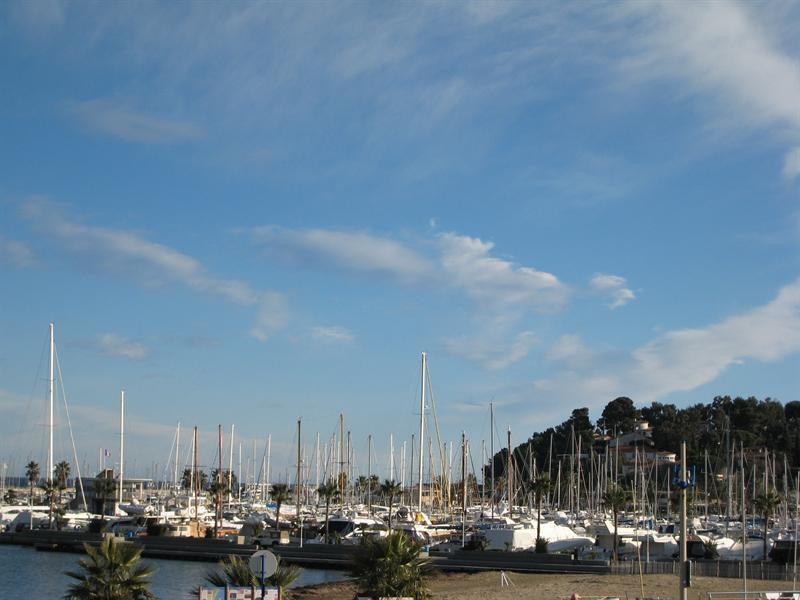 Vacation rental apartment Cavalaire sur mer 800€ - Picture 2