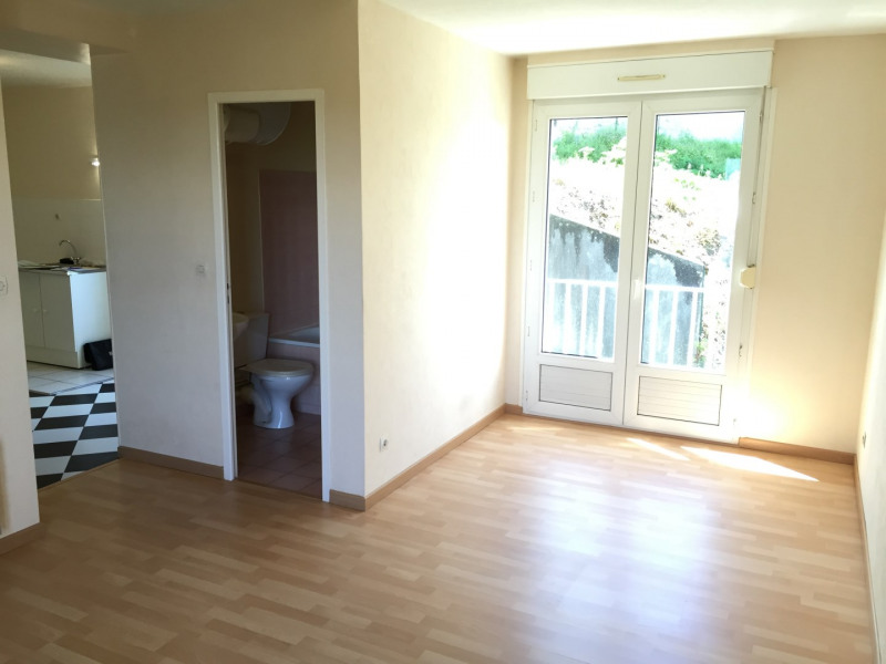Location appartement Méry-sur-oise 578€ CC - Photo 1
