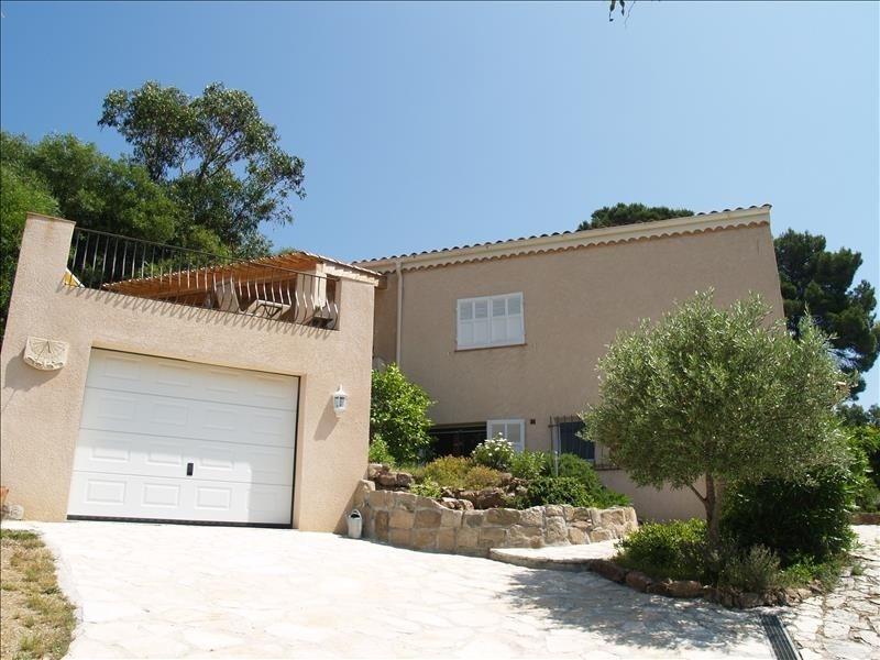 Deluxe sale house / villa Les issambres 690000€ - Picture 3
