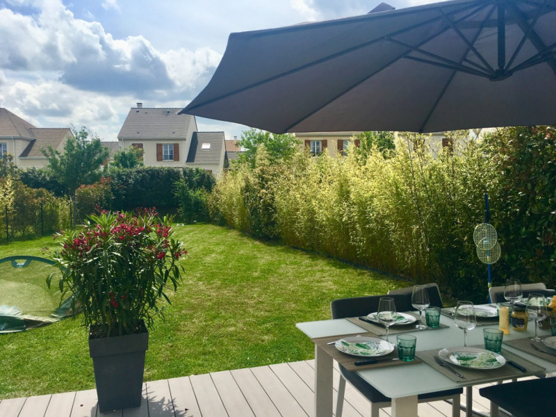 Vente maison / villa Bussy-saint-georges 420 000€ - Photo 1