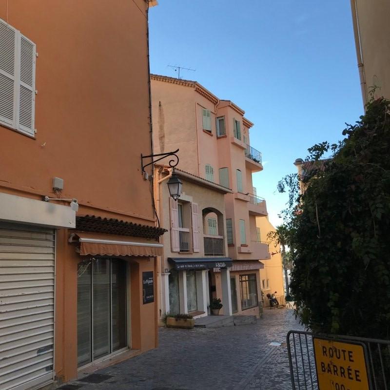 Vente local commercial Le lavandou 572000€ - Photo 6