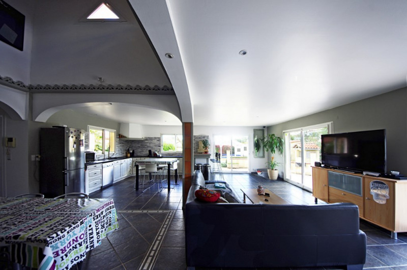Sale house / villa Montesquieu des alberes 367000€ - Picture 1