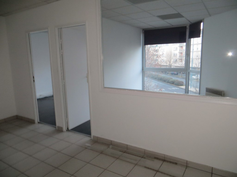 Sale office Clermont ferrand 87 200€ - Picture 3