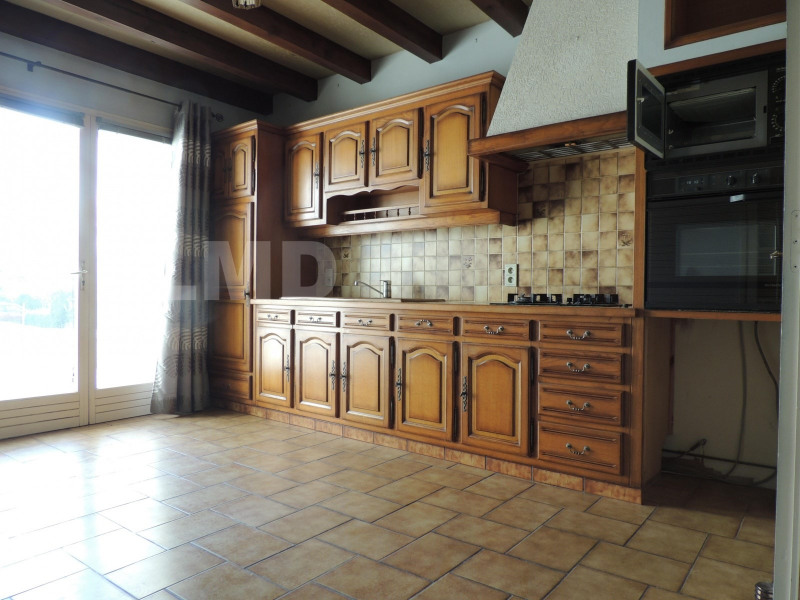 Vente maison / villa Saint-jean-d'angely 249 600€ - Photo 3