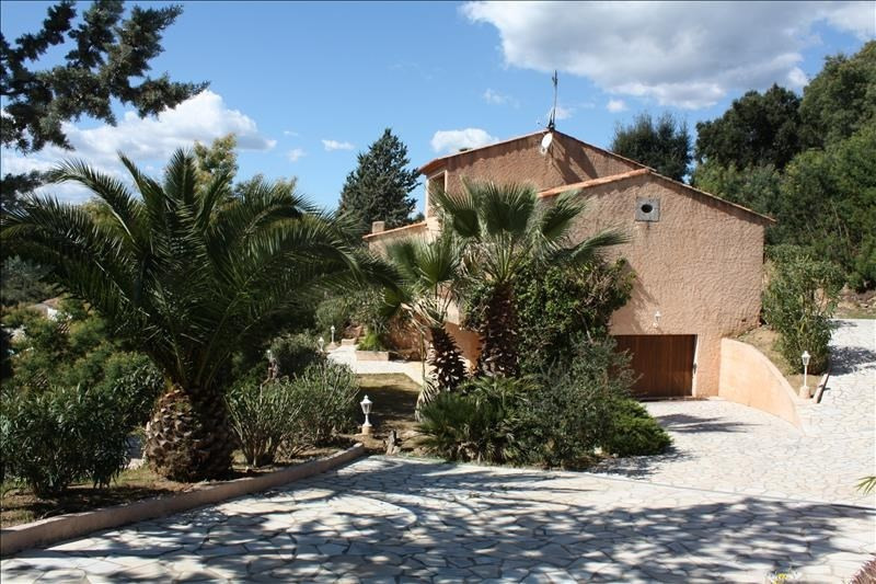 Deluxe sale house / villa Les issambres 840000€ - Picture 1