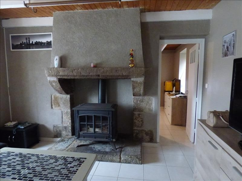 Location maison / villa Gurunhuel 450€ CC - Photo 3