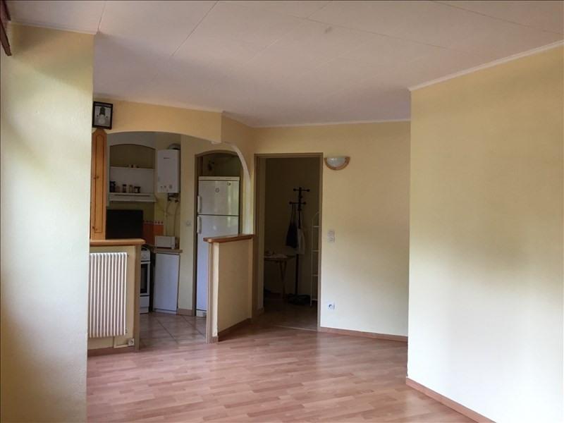 Rental apartment Aix en provence 820€ CC - Picture 1