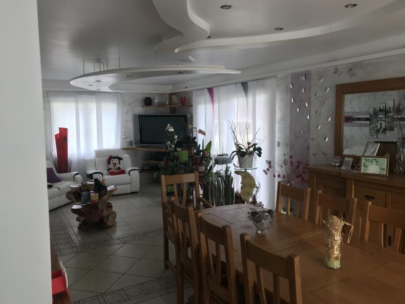 Sale house / villa Maizieres 375000€ - Picture 1