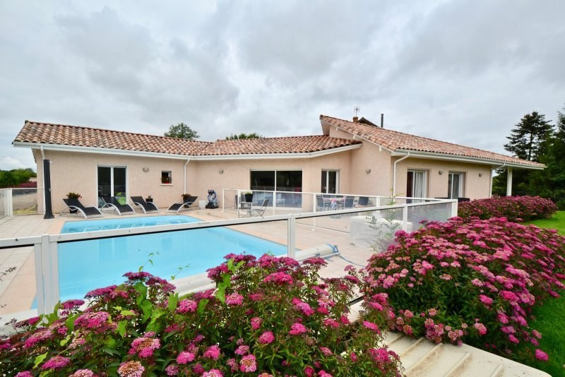 Sale house / villa Paray le monial 340 000€ - Picture 1