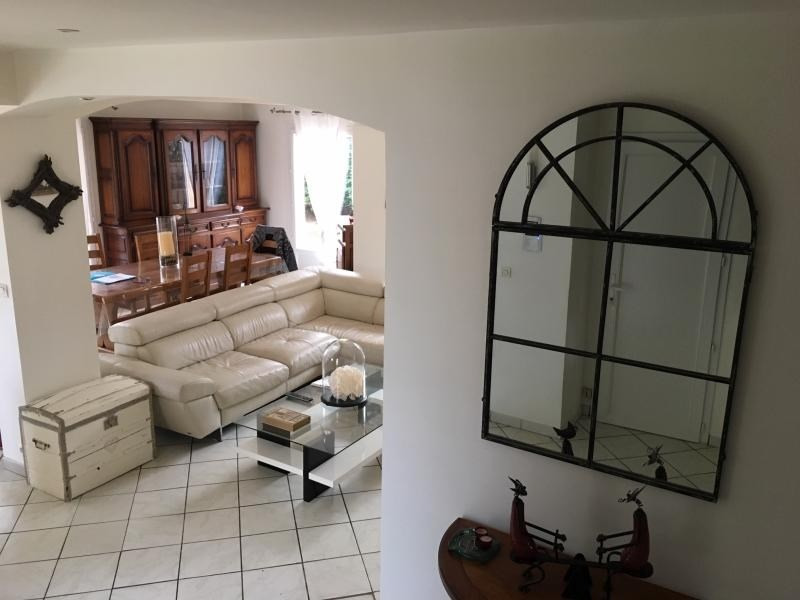 Sale house / villa Chuzelles 379 000€ - Picture 8