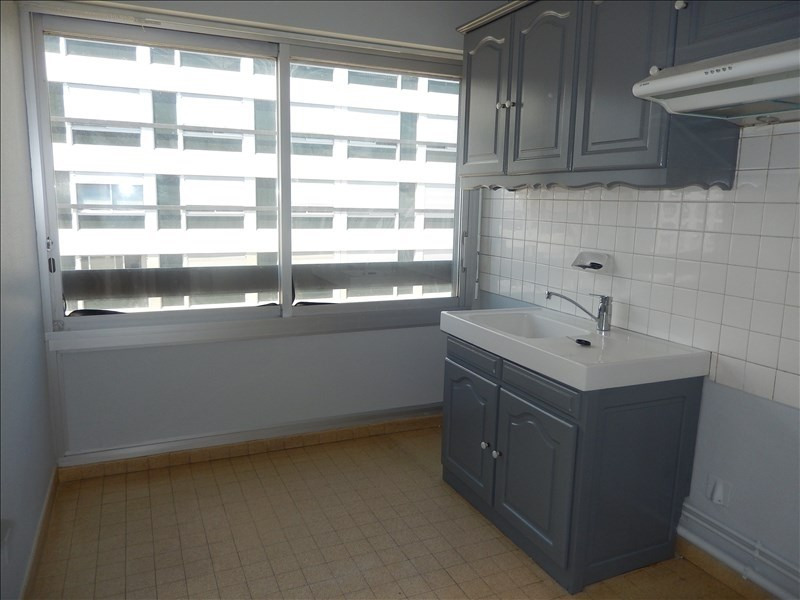 Rental apartment Le puy en velay 473,79€ CC - Picture 1