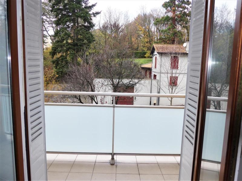 Location appartement Oullins 563€ CC - Photo 1