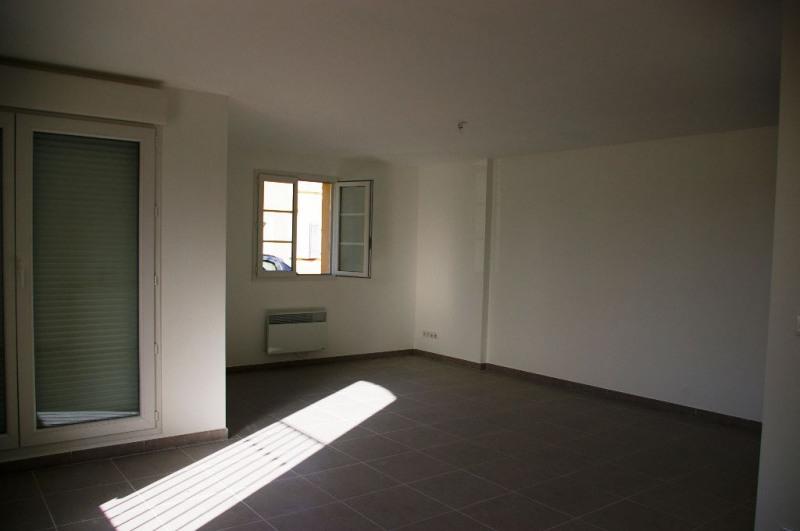 Vendita appartamento La roque d antheron 195000€ - Fotografia 2