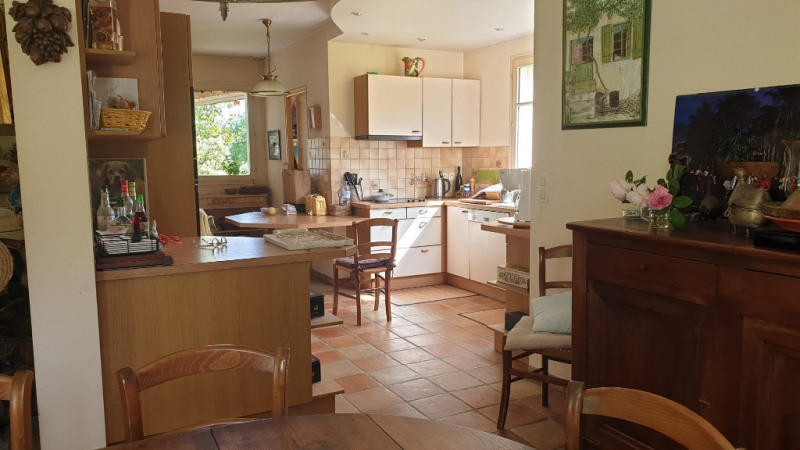 Sale house / villa Montfort-l'amaury 645000€ - Picture 5