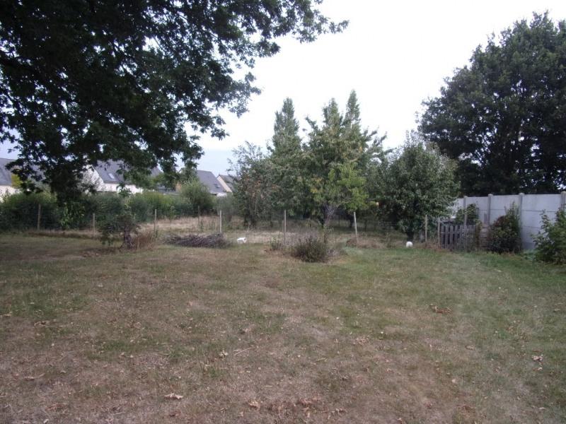 Terrain Cornille 784 m²