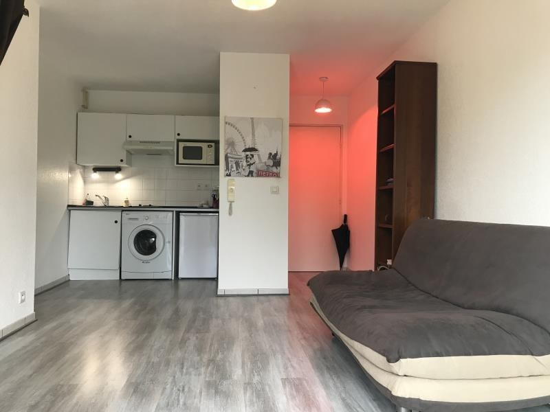 Sale apartment Pau 79 000€ - Picture 1