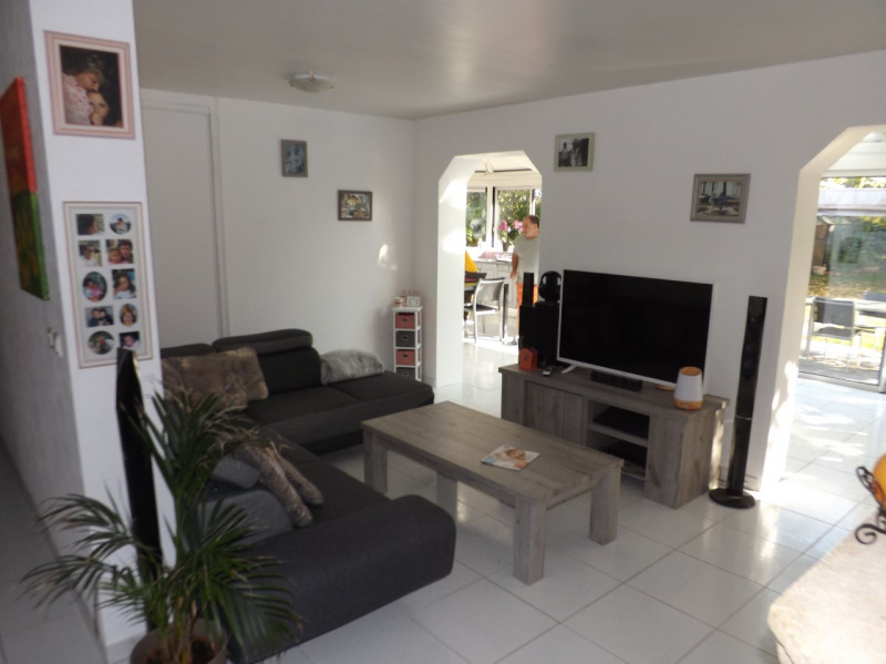 Vente maison / villa Lesigny 395 000€ - Photo 2