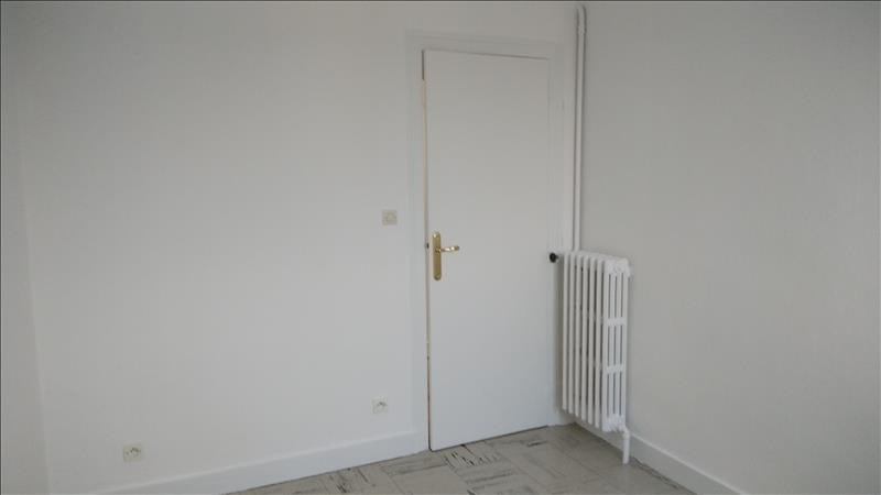 Rental apartment Vendome 436€ CC - Picture 7