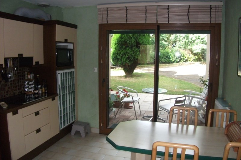 Sale house / villa Pont croix 332 800€ - Picture 5
