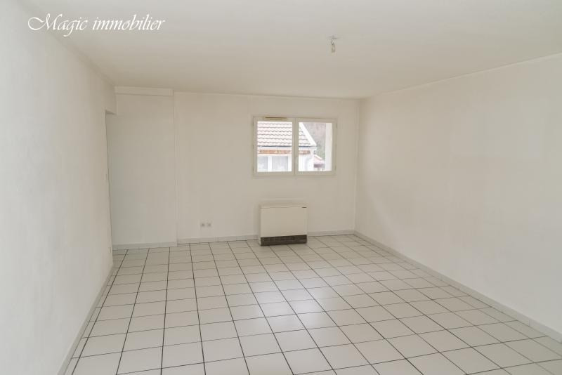 Location appartement Nantua 430€ CC - Photo 3