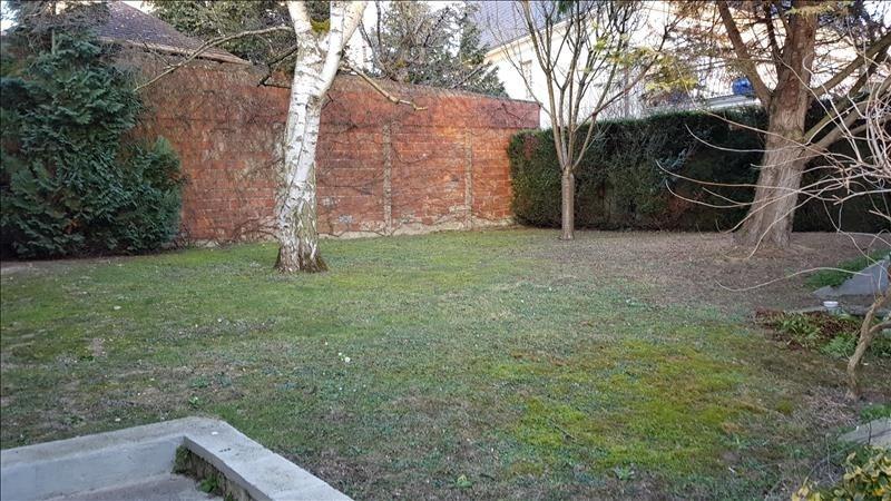 Sale house / villa Ormesson sur marne 354000€ - Picture 8