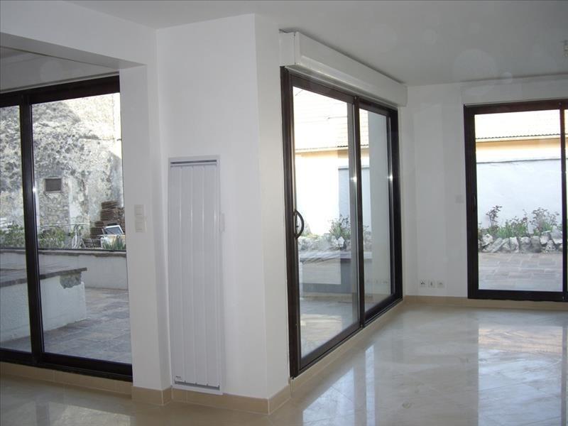 Sale apartment Faverges 262500€ - Picture 2